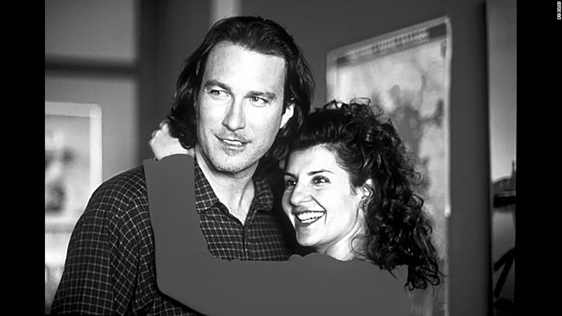 "<strong>""My BIg Fat Greek Wedding""</strong> : John Corbett and Nia Vardalos find love amongst the backdrop of her zany, large family in this comedy. <strong>(HBO Now) </strong>"