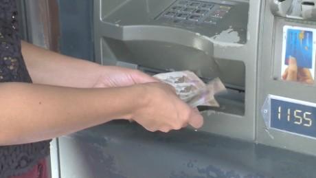 cnnee pkg osmary crisis venezuela escasez billetes cajeros automaticos_00001220