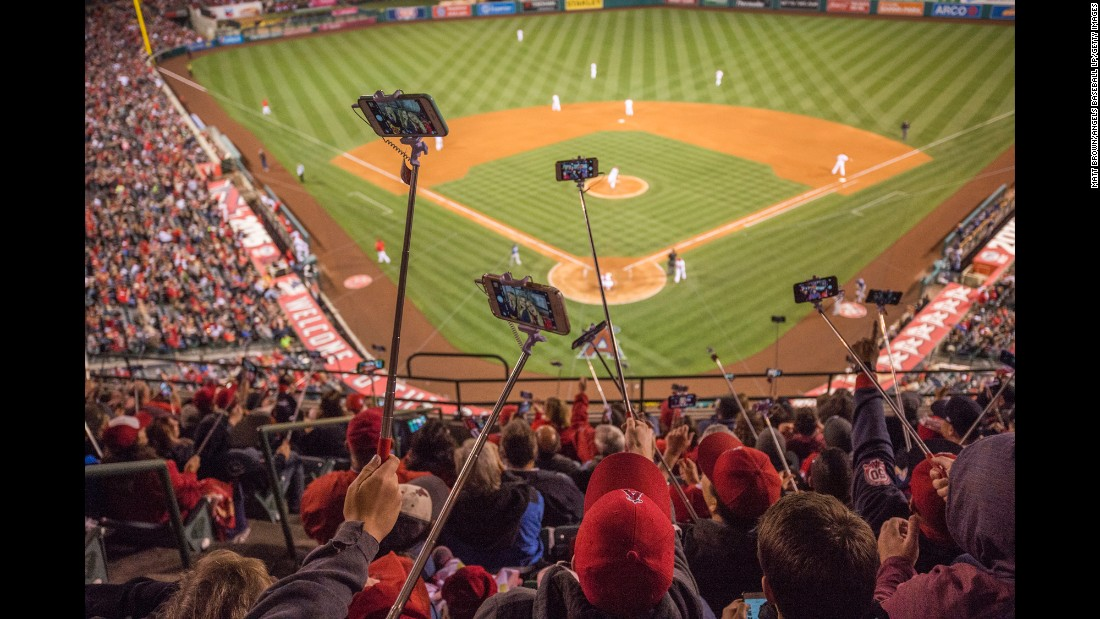 "On Friday, May 6, fans of the Los Angeles Angels of Anaheim <a href=""http://m.mlb.com/cutfour/2016/05/07/176706858/angel-stadium-sets-selfie-stick-world-record"" target=""_blank"">set a Guinness World Record</a> for the largest gathering of people using selfie sticks. <a href=""http://www.cnn.com/2015/12/03/living/gallery/year-in-selfies-2015/index.html"" target=""_blank"">See the best selfies from 2015</a>"
