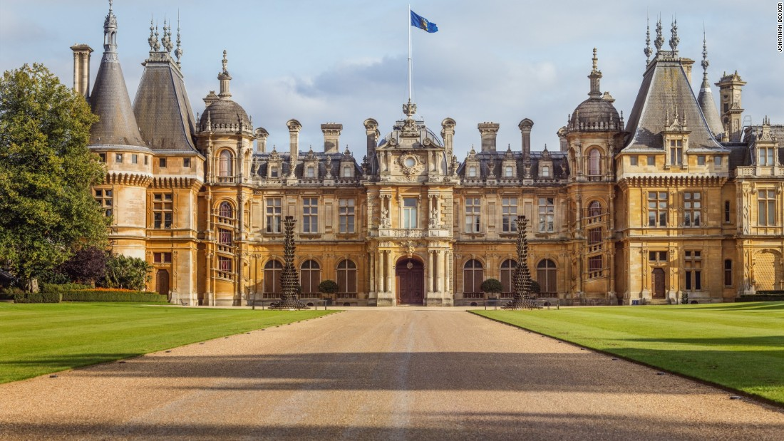 Designed by French architect Gabriel-Hippolyte Destailleur, Waddesdon Manor in Buckinghamshire, England was completed in 1883. Queen Victoria and the Prince of Wales who later became Edward VII are among some of the distinguished guests of this neo-French Renaissance chateau.