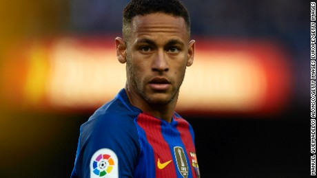 BARCELONA, SPAIN - NOVEMBER 19:  Neymar JR of Barcelona looks on during the La Liga match between FC Barcelona and Malaga CF at Camp Nou stadium on November 19, 2016 in Barcelona, Spain.  (Photo by Manuel Queimadelos Alonso/Getty Images)