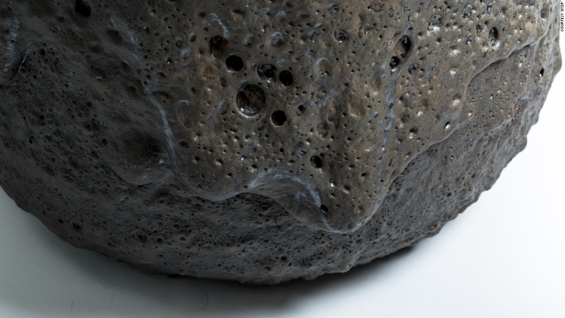 There are 2,000 volcanoes in Chile, 500 of which are active. The stools are designed to celebrate the beauty of natural forms. By manipulating the temperature of the cooling lava, the designers have given each stool a unique texture, from rough and pimpled to smooth and dripping, as seen here.