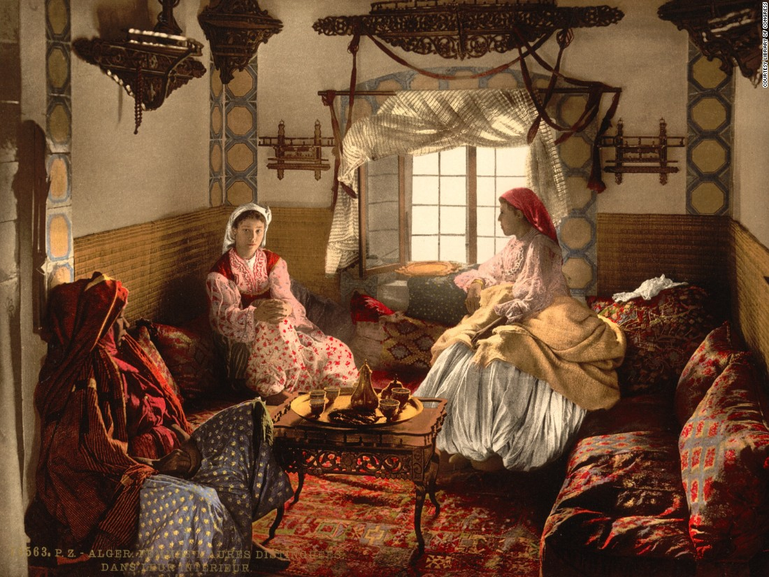 "The label on this photochrom describes the subjects as ""Distinguished Moorish women"" in Algiers. Who does and doesn't appear in these images is an important discussion point, says Charlotte Chopin, expert on colonial Algeria."