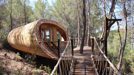 Fibonacci Tree House designed and built by Blue Forest