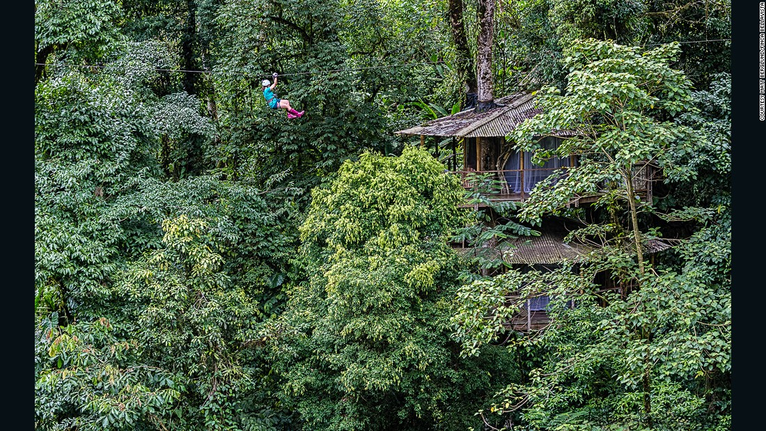 Finca Bellavista is a pedestrian community connected by hiking trails, ziplines and suspension bridges.