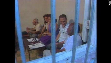 cnnee pkg ione molinares fidel castro derechos humanos_00011418