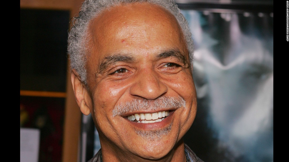 "Actor Ron Glass, known for his role on the police sitcom ""Barney Miller,"" <a href=""http://www.cnn.com/2016/11/26/entertainment/ron-glass-barney-miller-actor-dies/index.html"">has died</a>, his agent says. Glass also starred in ""Firefly"" and a film sequel ""Serenity."""