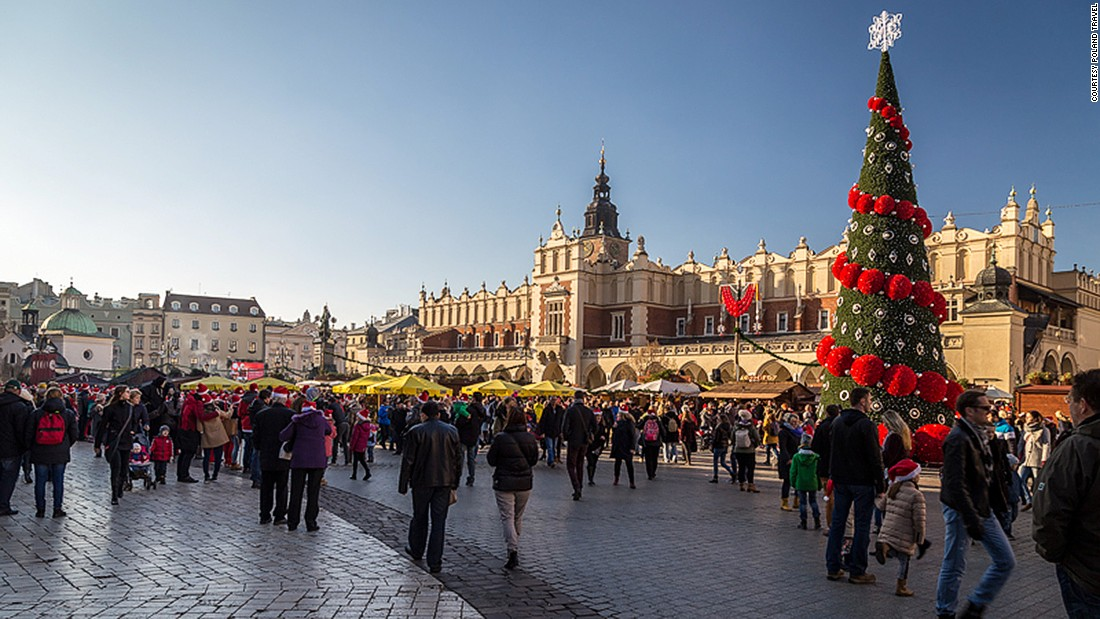 Krakow's Christmas market is held in Rynek Glowny, the city's huge main square. It usually gets a heavy dusting of snow during December, making it more magical than some of the big name markets in western Europe.