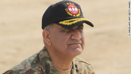 In this photograph taken on November 16, 2016, Pakistani Army General Qamar Javed Bajwa arrives to attend a military exercise on the Indian border in Khairpure Tamay Wali in Bahawalpur district. Pakistan on November 26 appointed General Qamar Javed Bajwa as the country's powerful new chief of army staff, the prime minister's office said. / AFP / SS MIRZA        (Photo credit should read SS MIRZA/AFP/Getty Images)