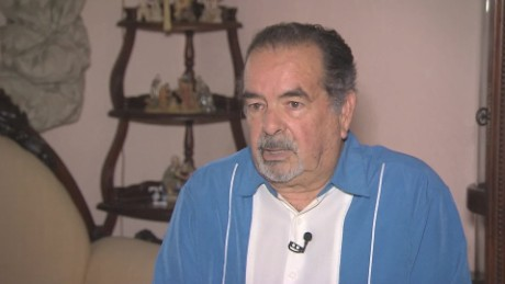 cnnee pkg rodriguez cubano balsero reynaldo cruz recuerdo exilio fidel castro_00034006