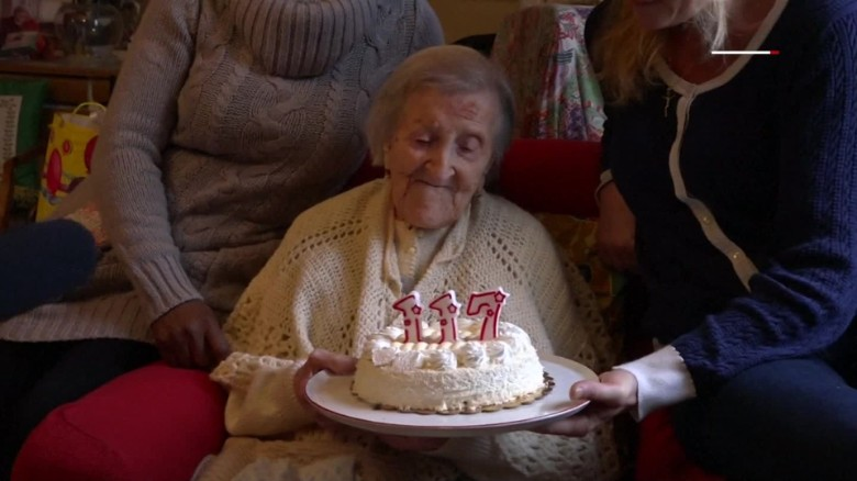 Oldest living person turns 117 mobile orig aw_00000000