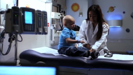cnnee pkg doctora azaret st jude cancer infantil_00014225