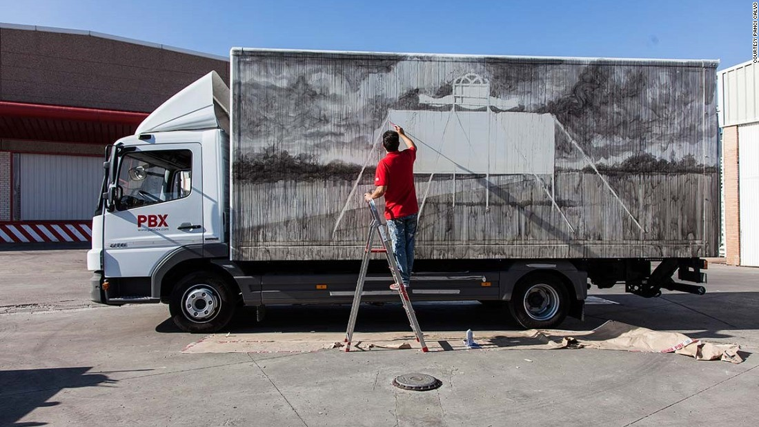 Daniel Munoz is known for his murals, paintings and drawings. For his truck, he painted the back view of advertising billboards.