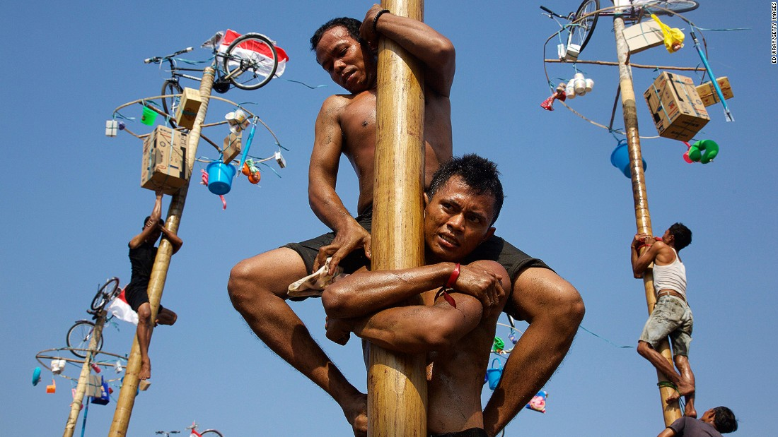 Instagram has revealed the cities around the world that that were geotagged the most in 2016. In at #10 is the Indonesian capital, Jakarta, home to such photogenic activities as this greased pole-climbing contest to mark the country's Independence Day.