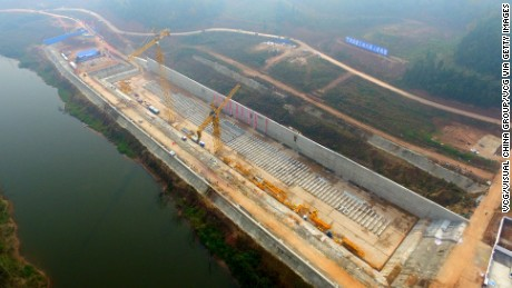 SUINING, CHINA - NOVEMBER 30:  Aerial view of the keel of a replica of Titanic on November 30, 2016 in Suining, Sichuan Province of China. The Sinking of Titanic Keel Laying Project started in Suining to construct a Titanic's replica and the replica will serve as a cruise boat for visitors around the World to visit and experience after its completion. Camera crew of the United States National Geographic will take pictures and record the entire event of the project.  (Photo by VCG/VCG via Getty Images)