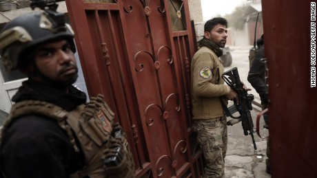 Iraq: Urban warfare slows battle for Mosul