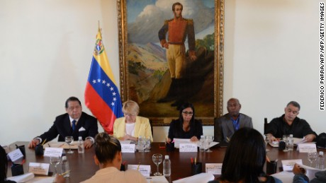 "(L-R) Venezuela's Constitutionalist German Escarra, General Attorney Luisa Ortega Diaz, Foreign Minister Delcy Rodriguez, Vice-President Aristobulo Isturis and ombudsman Tarek William Saab are pictured during a meeting with members of ""Commission for Truth and Justice,""  in Caracas on December 2, 2016. Venezuela on Friday angrily rejected its suspension from the South American economic bloc Mercosur, saying it did not recognize the action taken by the group's four other member states. / AFP / Federico PARRA        (Photo credit should read FEDERICO PARRA/AFP/Getty Images)"