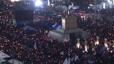 South Koreans demand President Park resign