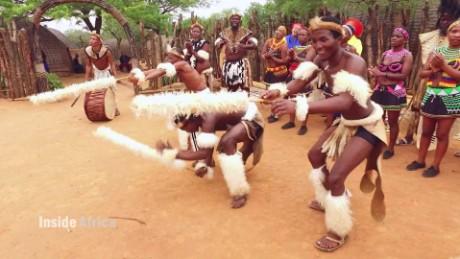 inside africa south africa zulu dance a_00082316.jpg