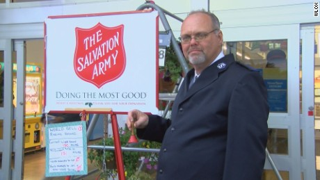 Man breaks bell ringing world record