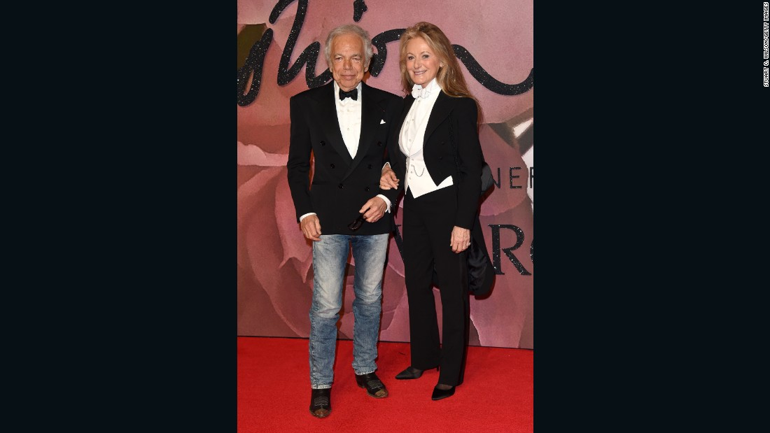 Ralph Lauren, recipient of the Outstanding Achievement in Fashion Award, and wife, Ricky Anne Loew-Beer.
