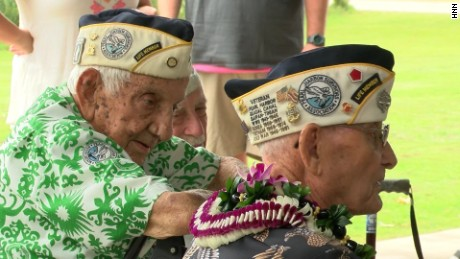 Pearl Harbor 75th commemoration honors past