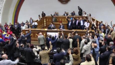 cnnee pkg jose luis perez mud oposicion aniversario 6d victoria electoral_00035416