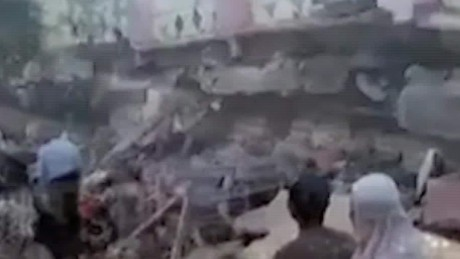 death toll rises indonesia earthquake church pkg_00000609.jpg