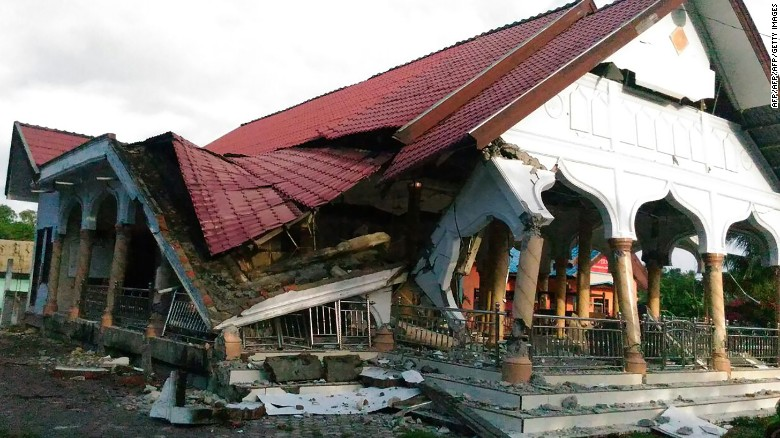Earthquake in Indonesia's Aceh province kills 25