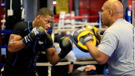 Jacobs working out with Rozier at Gleason's Gym.