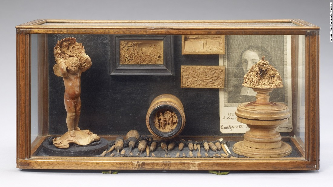 The boxwood miniatures were coveted collectables soon after their production ceased. This case of objects from Baroque sculptor Jannella Ottaviano shows his own collection of boxwood, which dates back to the 17th century.