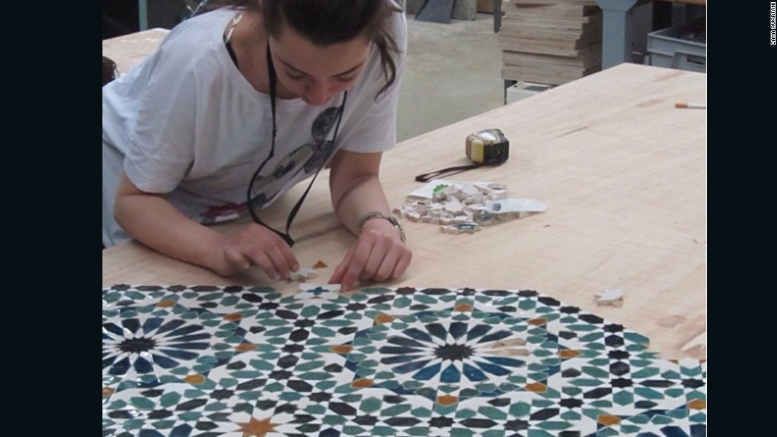 Awartani prepares an epic piece made of ceramic material. Her next major exhibit in India will use textiles for the first time.