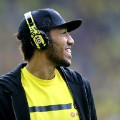 Aubameyang headphones