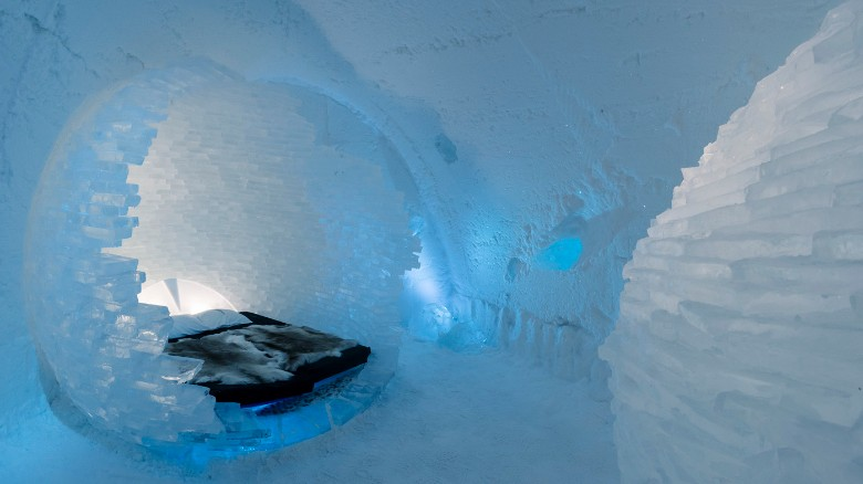 Hotel made entirely of ice to open year-round