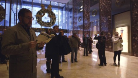 man stages read in protest at trump tower orig_00001515.jpg