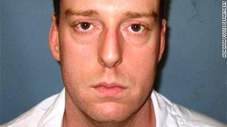 Witness: Inmate struggled during execution