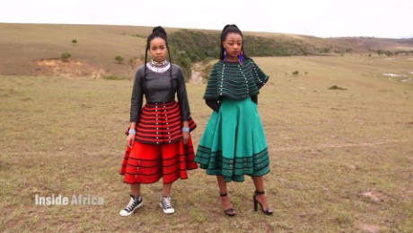 inside africa xhosa beadwork c_00030528.jpg