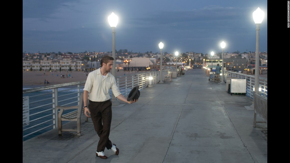 Looking for ryan gosling and emma stones la la land find james like we added those lamp posts to the pier mozeypictures Images