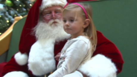 santa yells kids texas mall moos pkg erin_00004006.jpg