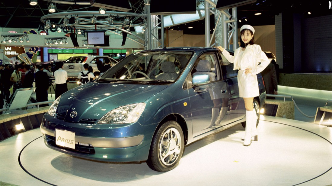 Although Toyota didn't invent the electric car, it brought hybrids to mass market with Prius back in 1997. It made its nine millionth hybrid car in 2016, having produced the latest million examples in just nine months.