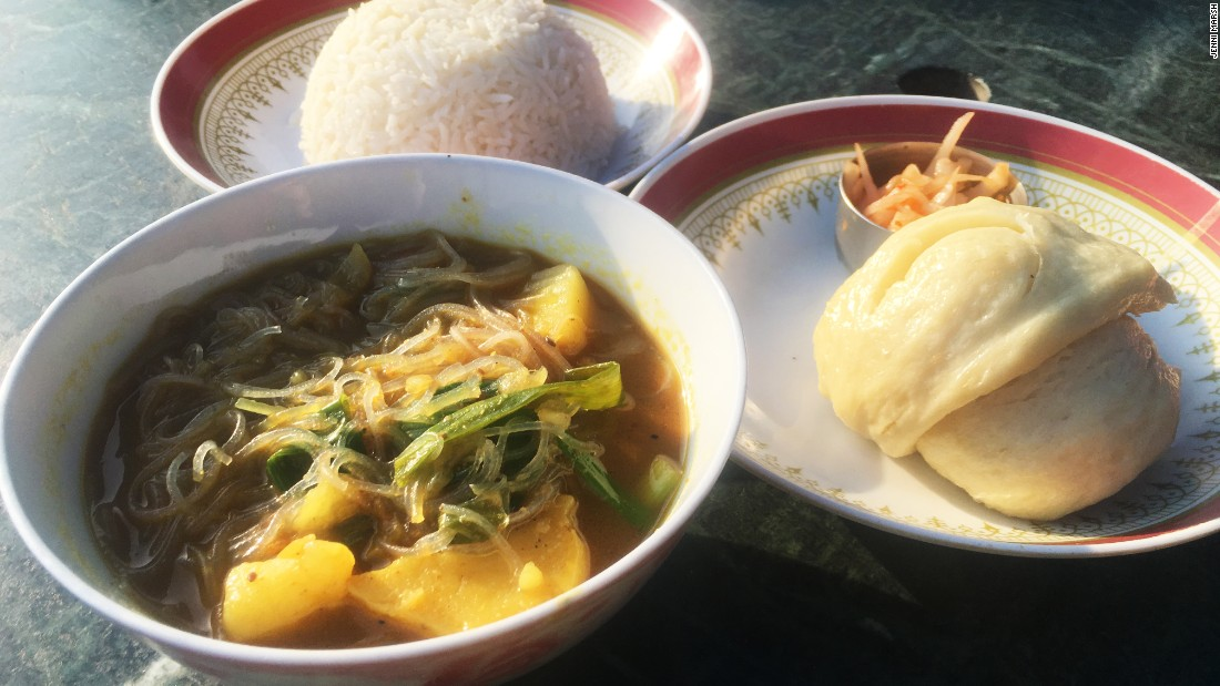 This is a staple Tibetan dish that was brought to Nepal by Tibetan refugees. The soft tingmo bread is designed to be dipped in the hot broth, which contains potatoes and noodles.