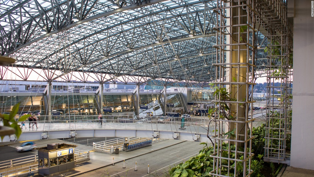 <strong>Top large airports in North America--</strong>The Portland (Oregon) International Airport was named the top large airport in North America, according to the J.D. Power 2016 North America Airport Satisfaction Study. Click through the gallery to see more of the winners.