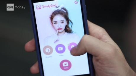 meitu chinese selfie app stock exchange burke pkg_00000729.jpg