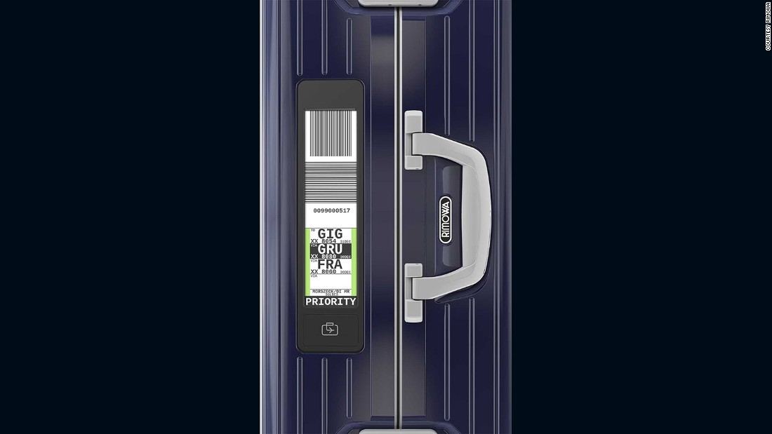 Other innovative designs have also appeared in 2016. German premium luggage manufacturer has come up an electronic tag that uses E-ink and a Bluetooth connection to help cut down on check-in procedures.