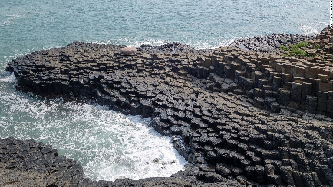 Just outside of Chi Thanh is Ganh Da Dia. This curious location has thousands of hexagonal, basalt columns rising on the edge of the South China Sea. Despite the similarities to the Giant's Causeway in Ireland, few tourists know about this place.