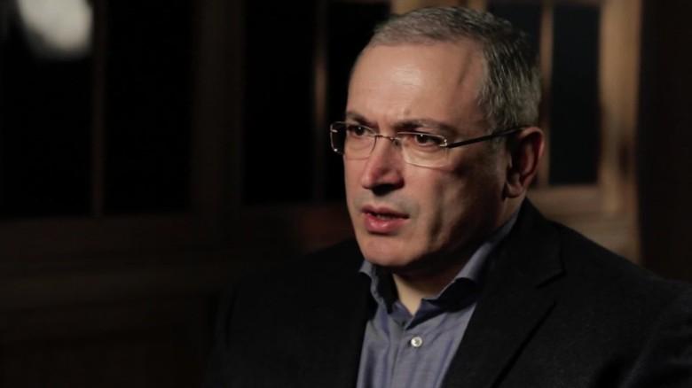 russia mikhail khodorkovsky nick paton walsh pkg_00003728