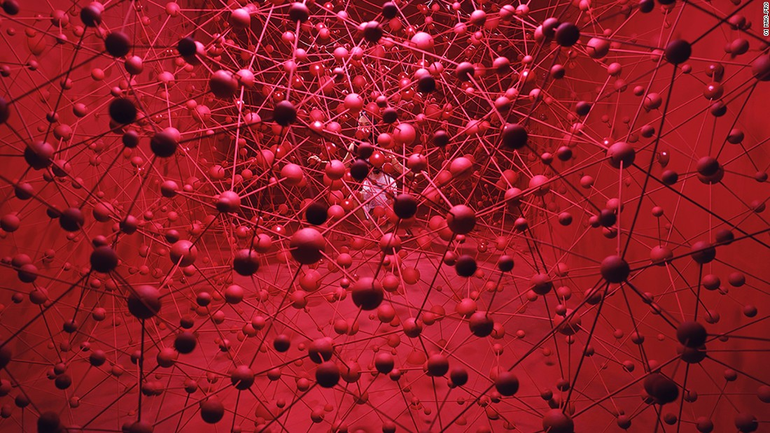 """There lies a lot of desire in our lives; it's a mix of essential desires that become a driving force of life, and an excessive amount of toxic desires."" Through an installation inspired by molecular structures, the artist shows complex and tangled desires spreading out, while placing herself in the middle of her complex web."