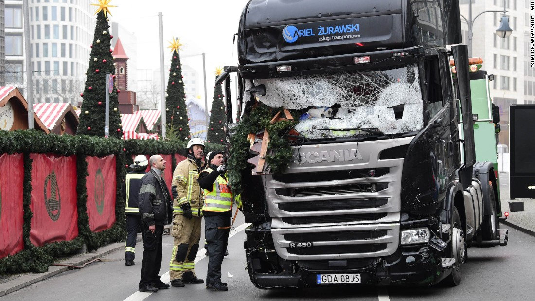Berlin attack: Driver in deadly Christmas market crash may be at large