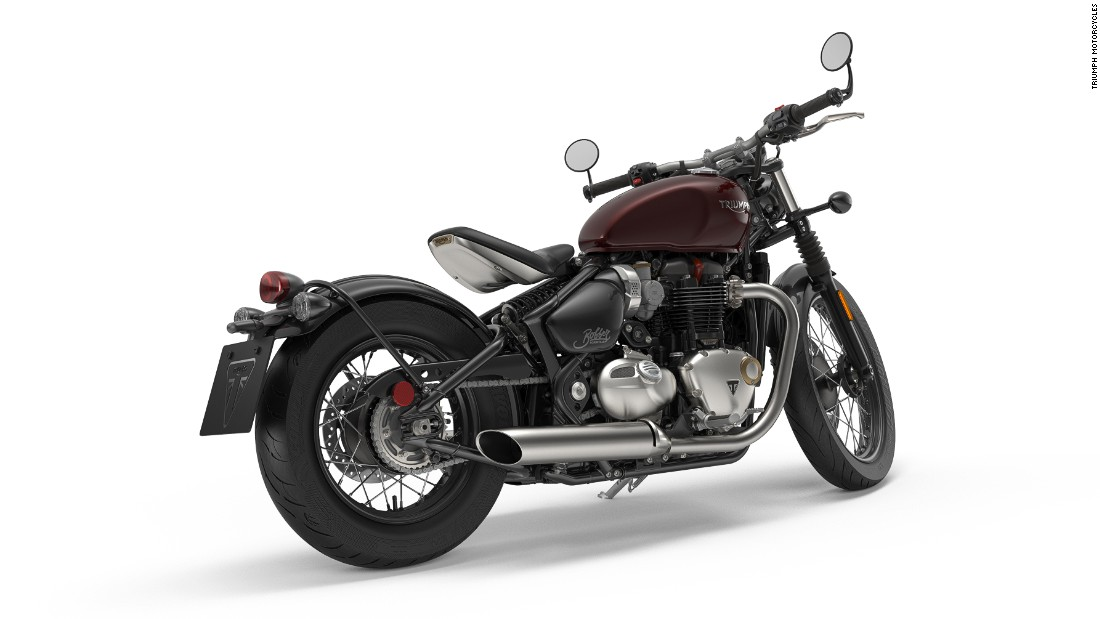 The Bobber's low stance, single seat and wide, flat handlebars, its minimal bodywork, and sculpted fuel tank combined, make for a head-turning cruising machine.