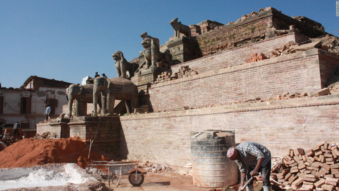 A badly damaged monument in Bhaktapur is visibly a shadow of its former self.